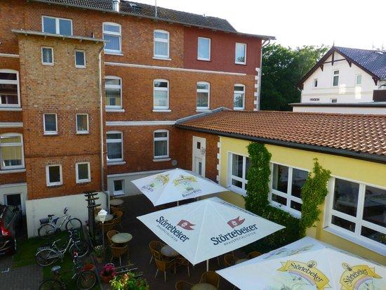 Hotel Störtebeker: Blick aus dem Hotelfenster (Neubau 1. Stock)
