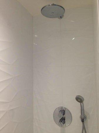 Midnight Hotel Paris: salle de bain