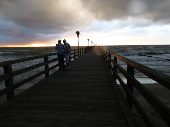 Hotel Störtebeker: Nur 5 Min Fußweg entfernt: Die Seebrücke von Graal-Müritz