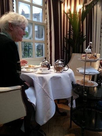 The Montague on The Gardens: high tea for my moms birthday