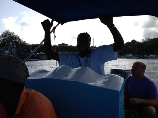 Solomon Water Taxi & Tours: Solomon first thing in the morning... beginning of tour. I loved his energy.