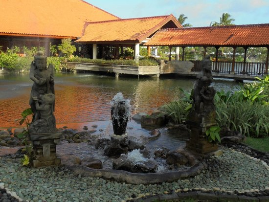 Ayodya Resort Bali: Hotel& grounds