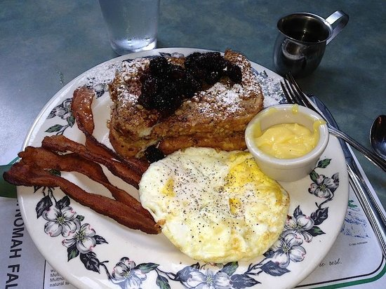 Columbia River Gorge National Scenic Area: hazelnut crusted french toast with fresh marrionberries and house made lemon curd at Multnomah L