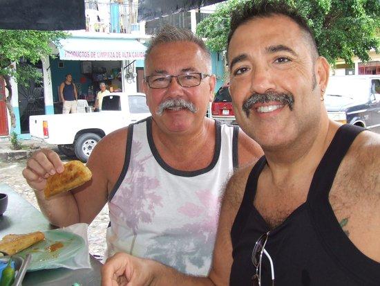Vallarta Food Tours: Birrieria Robles - Amazing Taco!