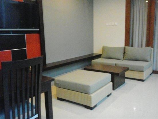Samaja Beachside Villas: sittig area in new 1bedroom villa