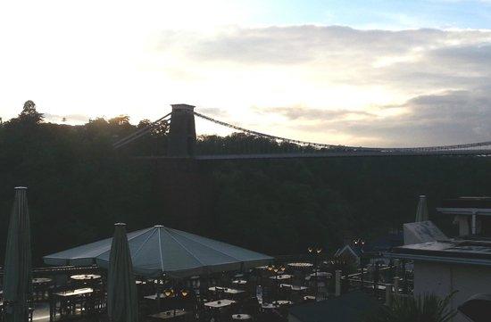 Avon Gorge Hotel: View of the Clifton bridge