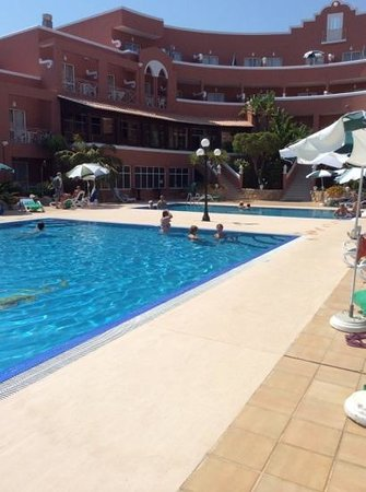 Hotel Belavista da Luz: Pools in use