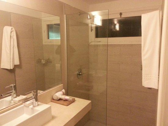 Atlantico Boutique Hotel: banheiro