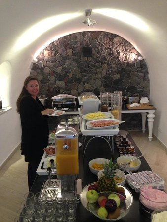 Canaves Oia Hotel: Breakfast