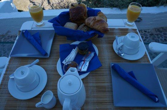 Iliovasilema Suites : Café da manhã