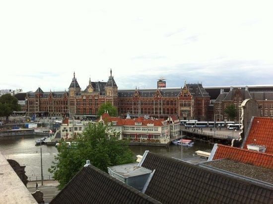 Restaurant Vermeer: A view of the central station, from the roof.