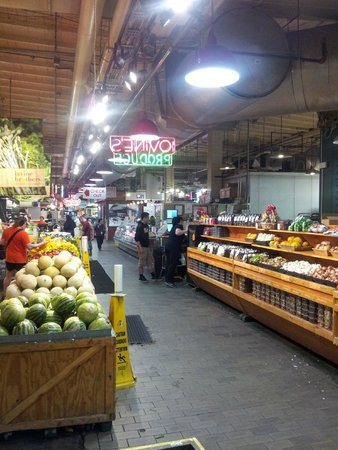 Reading Terminal Market: The entrance. Then I was too busy to take pics