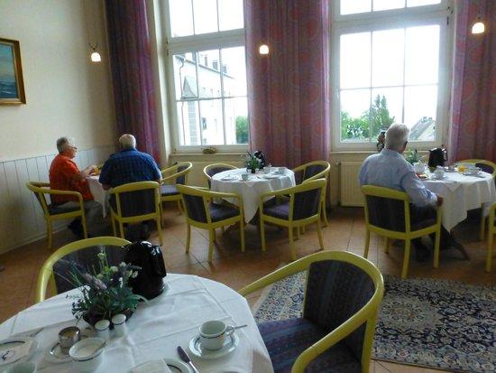 Kurhotel Sassnitz: Einer der Frühstücksräume