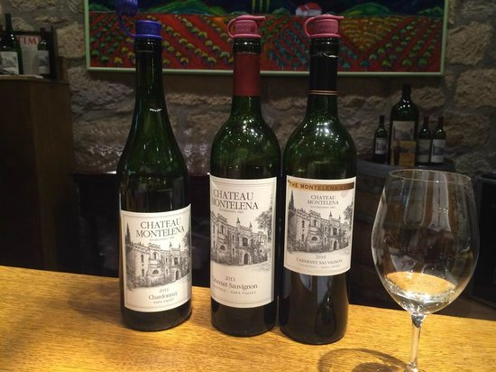 Chateau Montelena: lovely pour