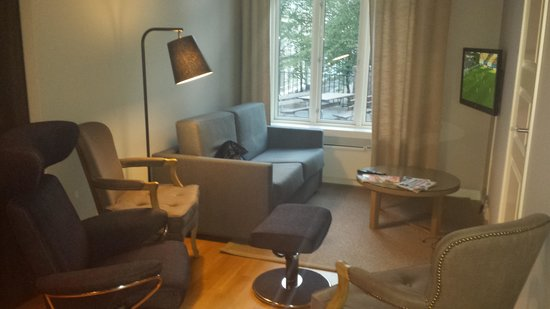 Frogner House Apartments - Skovveien 8: Living room of the 3br apartment