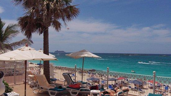 Hotel Riu Palace Paradise Island : Riu Paradise beach area