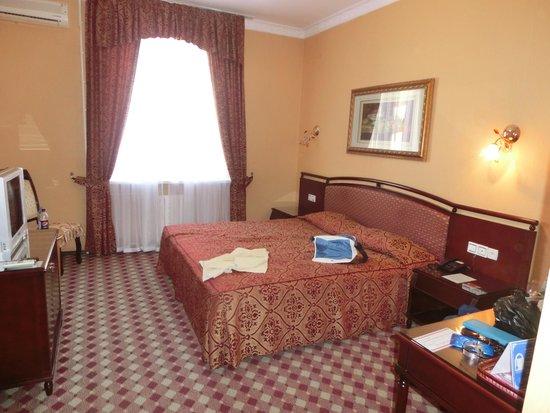 Asia Bukhara Hotel: 広い部屋