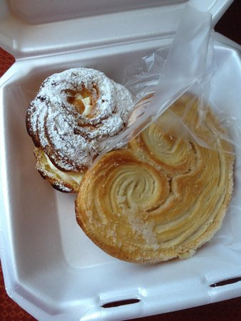 Frank's Bakery : Paris Brest and palmetto