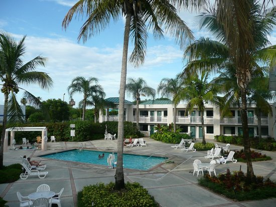 Best Western Gateway To The Keys : Pool