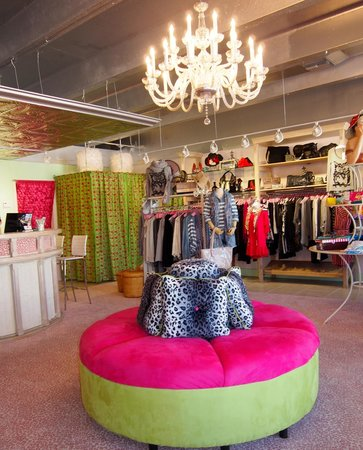 Beautifully And Fun Decorated Store Picture Of Zero Dress Code Boutique Islamorada Tripadvisor