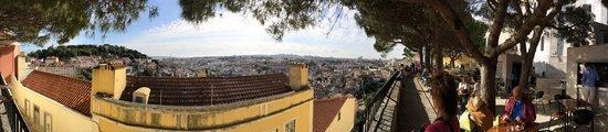Miradouro da Graça : Panorama of Lisbon from Miradoura da Graça