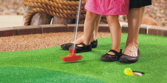Adventure Zone: mini golf