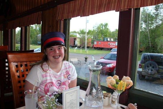 Train Station Inn: Dinner in the dining car.