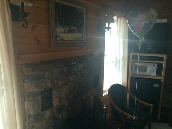Pemi Cabins: Sitting Area