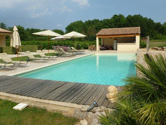 La Dryade : Heated pool and pool house.