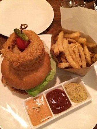 The Cooperage American Grille: heavenly burger