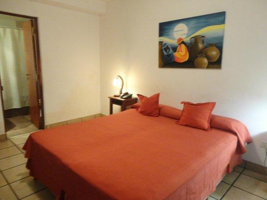 Alto Parque Hotel : Dormitorio amplio