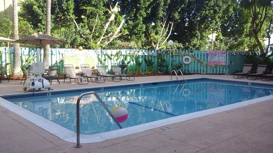 Quality Inn & Suites Montebello: pool