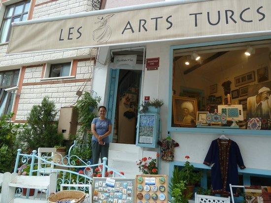 Turkish Marbling - Ebru Classes: Betul in front of her studio/store