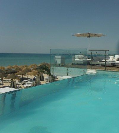 The Sindbad : La vue de la piscine... wowww!!