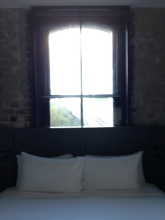 Ovolo 1888 Darling Harbour: Our room!
