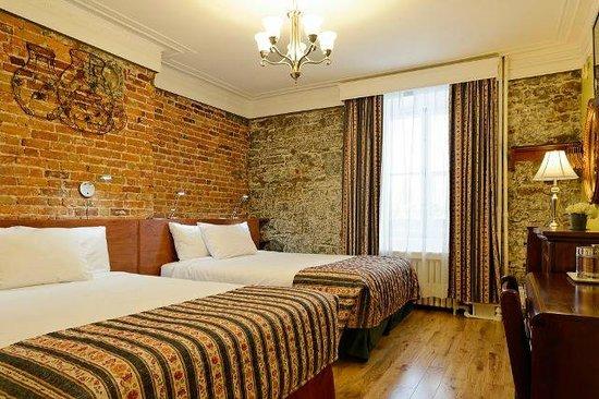 Manoir de L'Esplanade : Deluxe Room with 2 Queen Beds