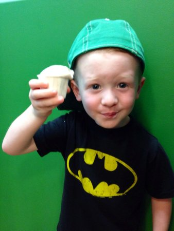 Ben & Jerry's : Batman loves B&J!! :)