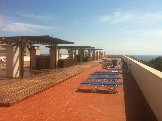 H10 Mediterranean Village : Rooftop sunbathing terrace.