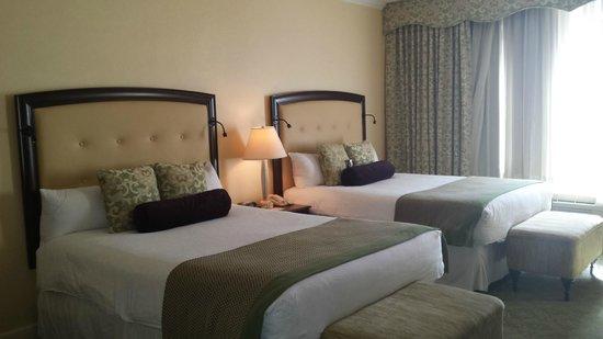 Omni Shoreham Hotel: Our Room