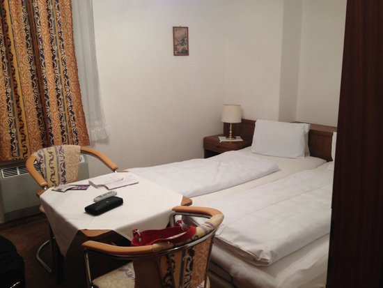 Pension Sedlak: Double bed area