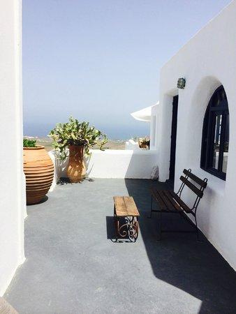 Finikia Memories: View somewhere on the compound