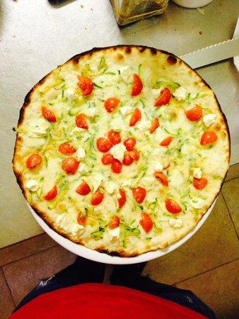La Dolce Vita Pizzeria Antipasteria