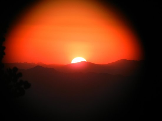 Mt. Lemmon SkyCenter Observatory: Sunset thru Binoculars
