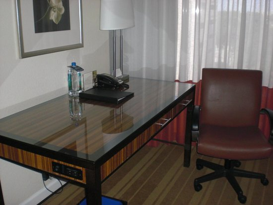 InterContinental Hotel Tampa: Desk