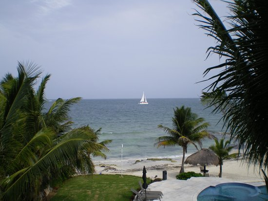 Caribbean Reef Villas : View from one of the balconies
