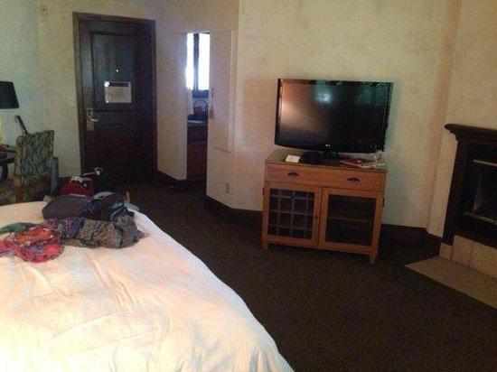 Villagio Inn and Spa: Our room.