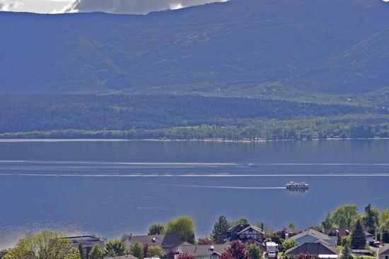 Destination Spa Bed & Breakfast: Lake View