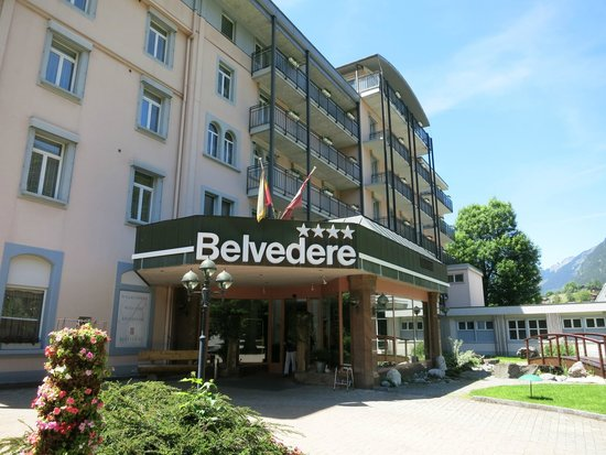 Belvedere Swiss Quality Hotel: The hotel's main entrance.