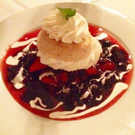 Brigtsen's Restaurant: Strawberry shortcake