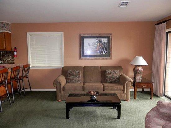 South Shore Lake Resort: Living room